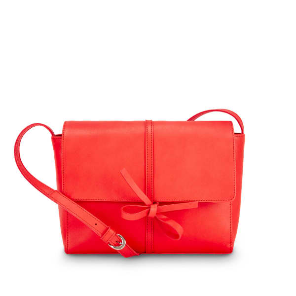 NINE TO FIVE Saddle Bag Fox Lipstick Red
