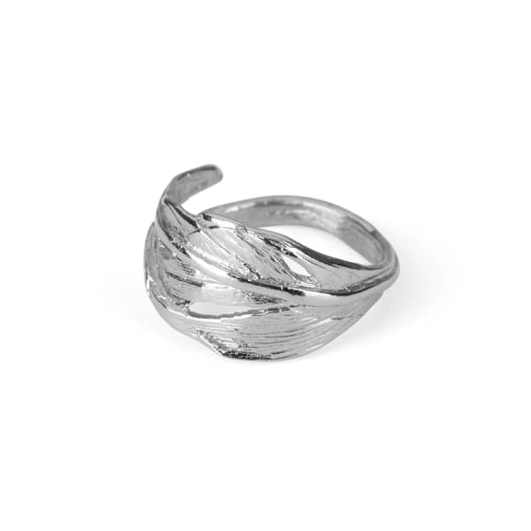 CHUPI I Can Fly Tiny Swan Feather Ring in Silver
