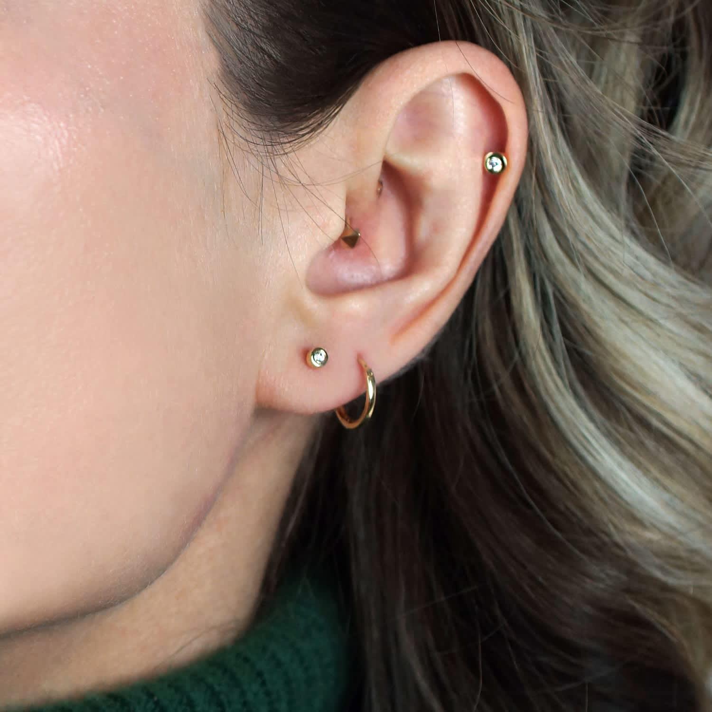 Golden Bezel Diamond Cartilage Earring 18k Yellow Gold Piercing