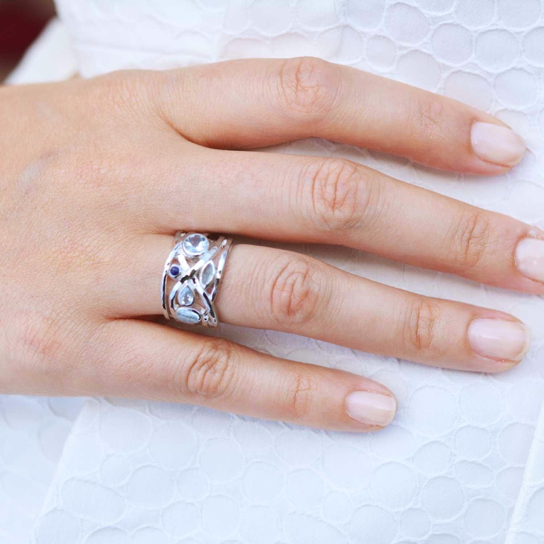 Liana Sterling Silver Ring Onyx & Peridot | Neola | Wolf & Badger