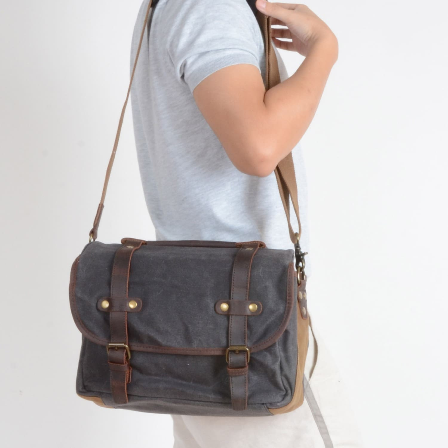 8f3aa282f0 Waxed Canvas Bag With Dslr Camera Sleeve In Grey image