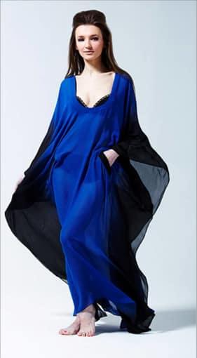 Model Blue Dress