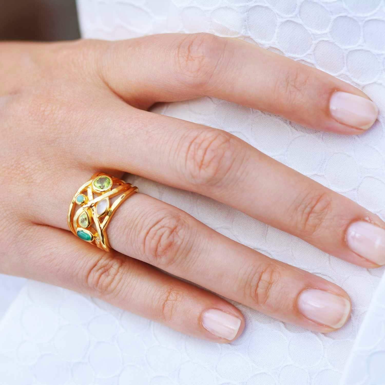 Liana Gold Ring Peridot Green Onyx and Peridot | Neola | Wolf & Badger