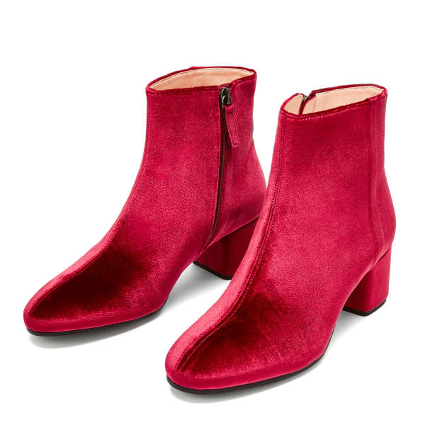NINE TO FIVE Ankle Boot Strand Red Velvet