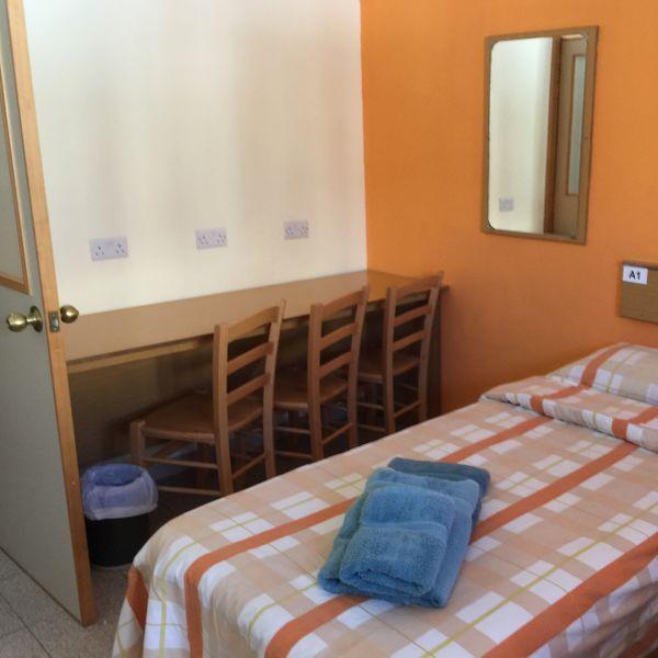 clubclass malta bed apartment