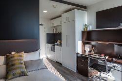 Chapter Kings London residence bedroom