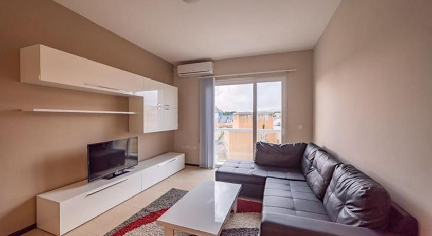 homestay sprachcaffe malta living room