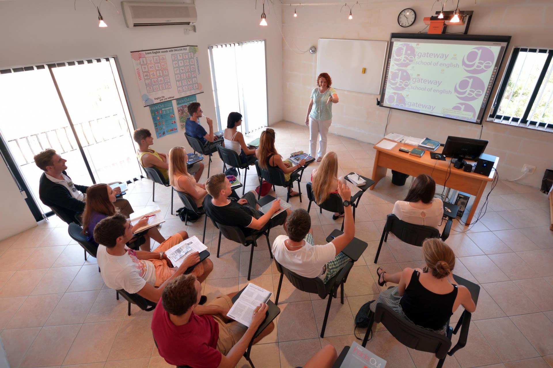 gateway school of english malta classroom