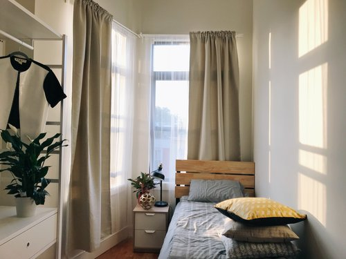 small residence new york bedroom