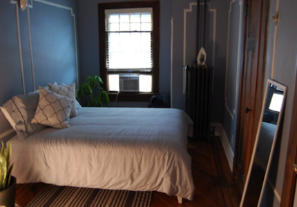 host family famille accueil new york bedroom