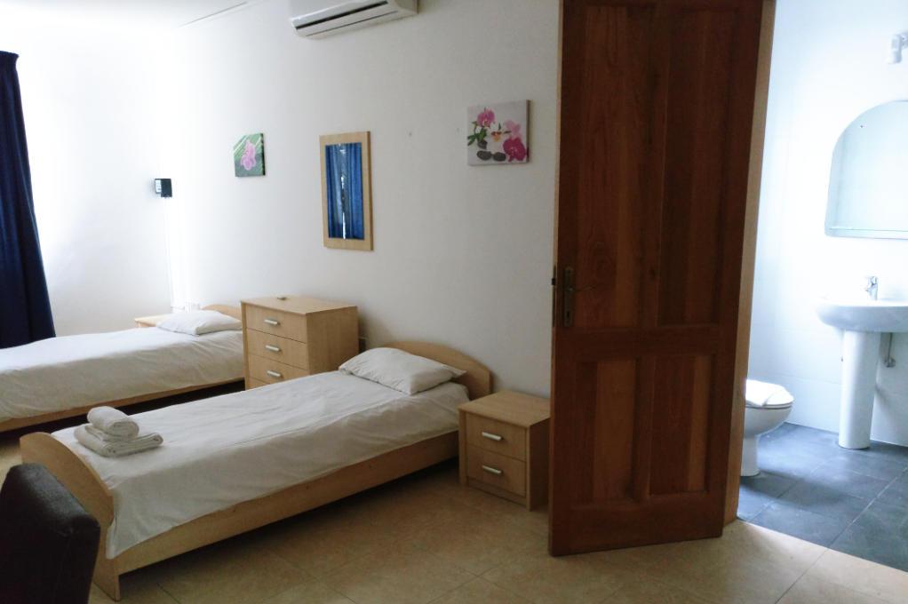 apartment valley view malta bedroom