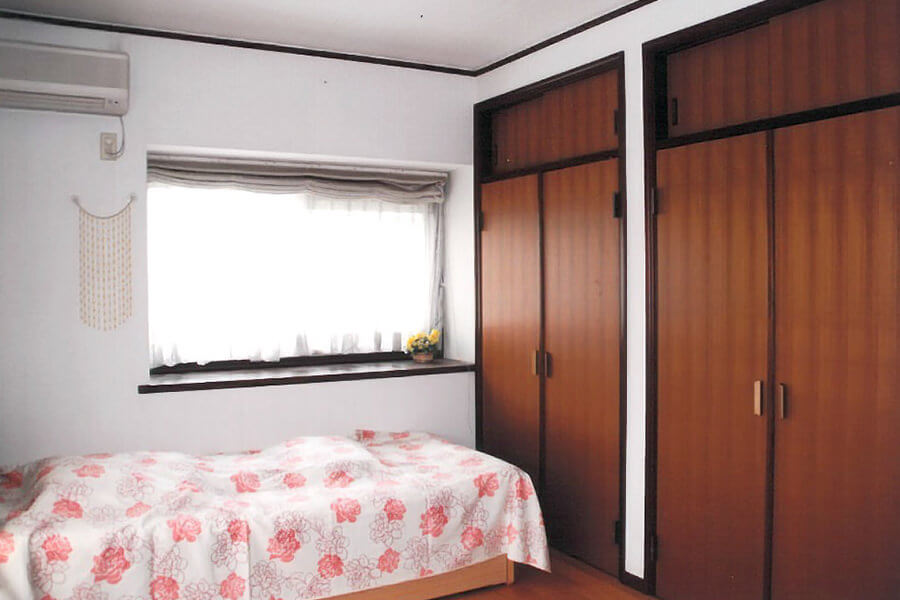 host familly tokyo student bedroom