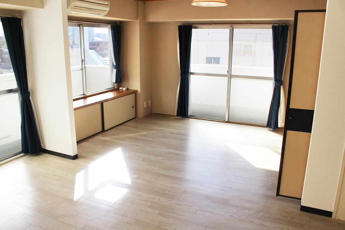 shared appartment tokyo dortoir bedroom