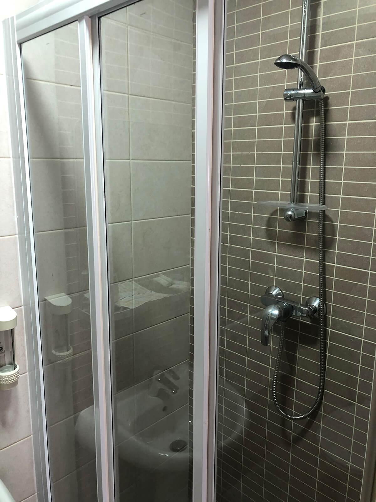 ese residence malta bathroom