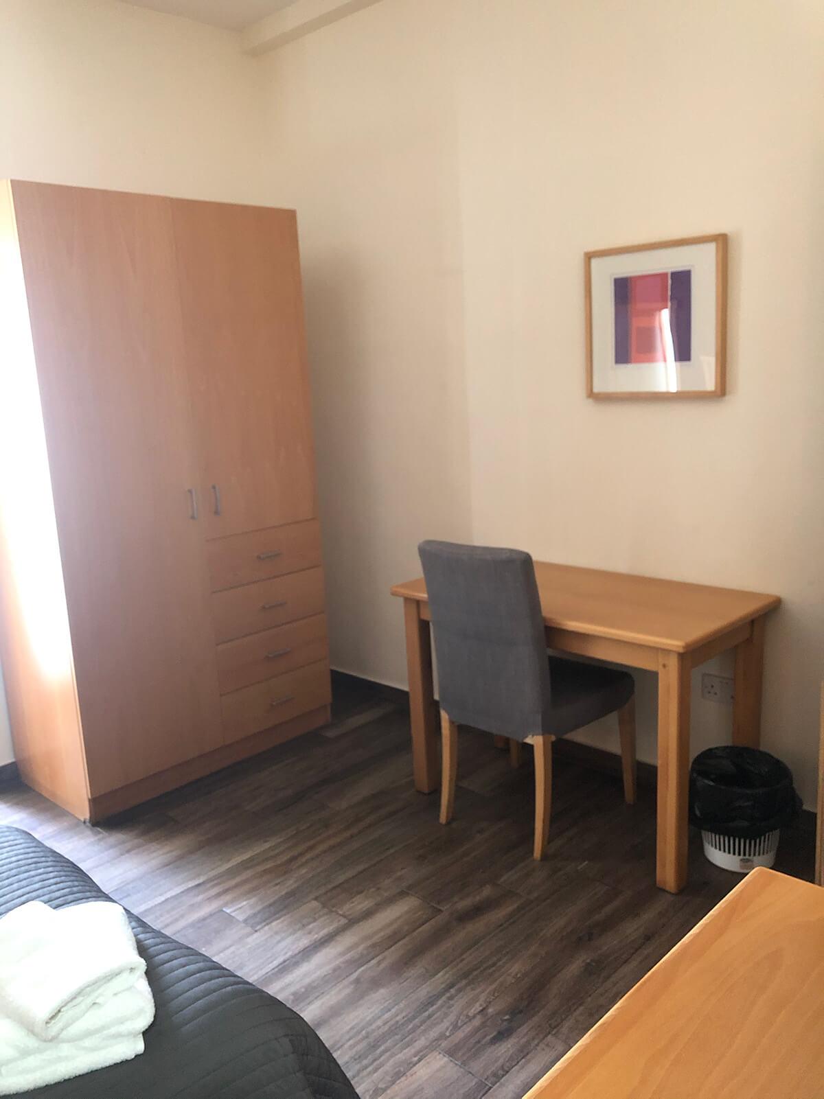 ese residence malta desk