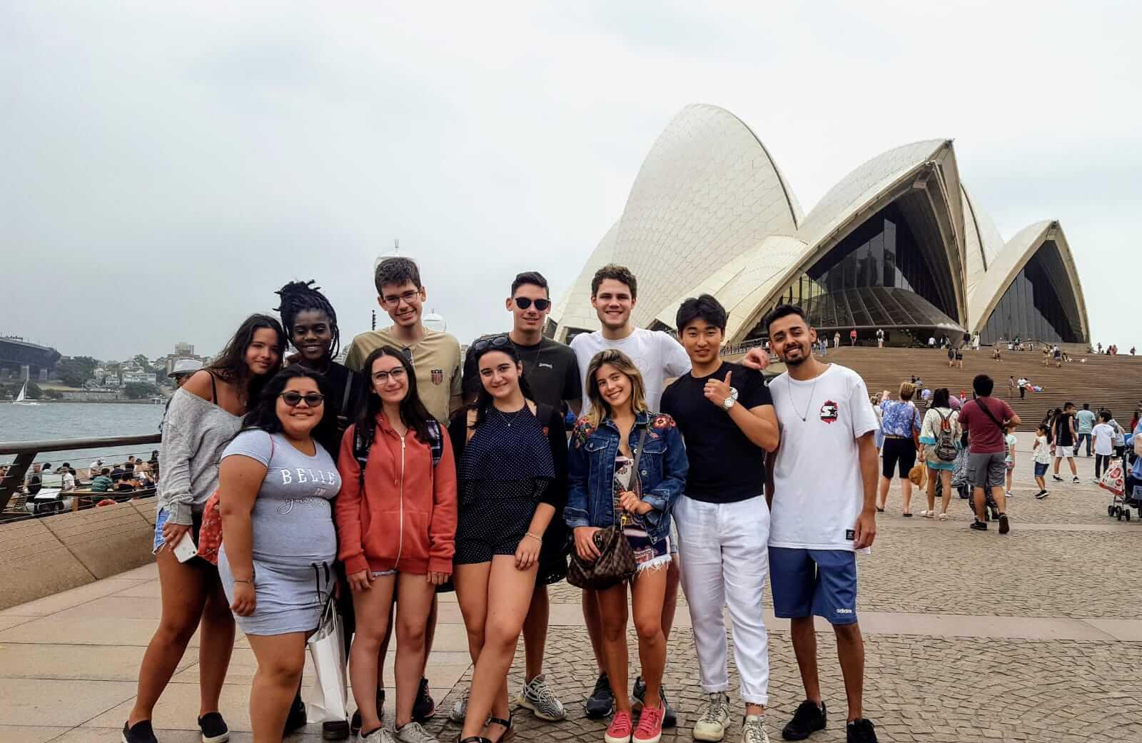 students ec sydney outside australie