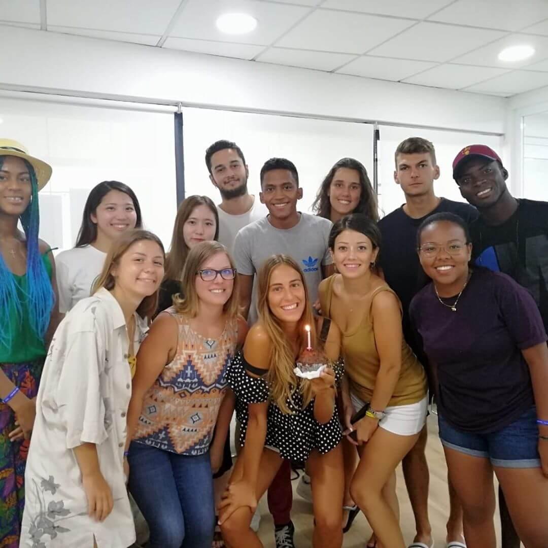 ef malta classroom etudiants