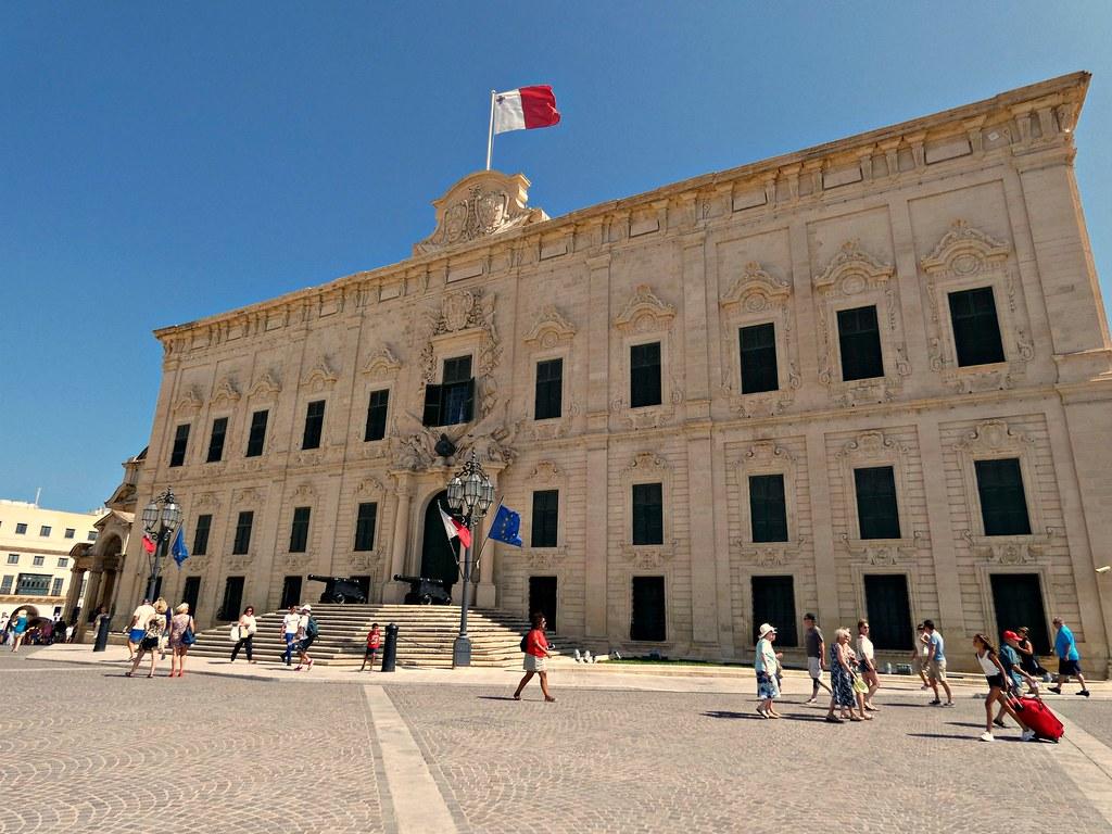 300 euros de bons d'achat pour les étudiants à Malte