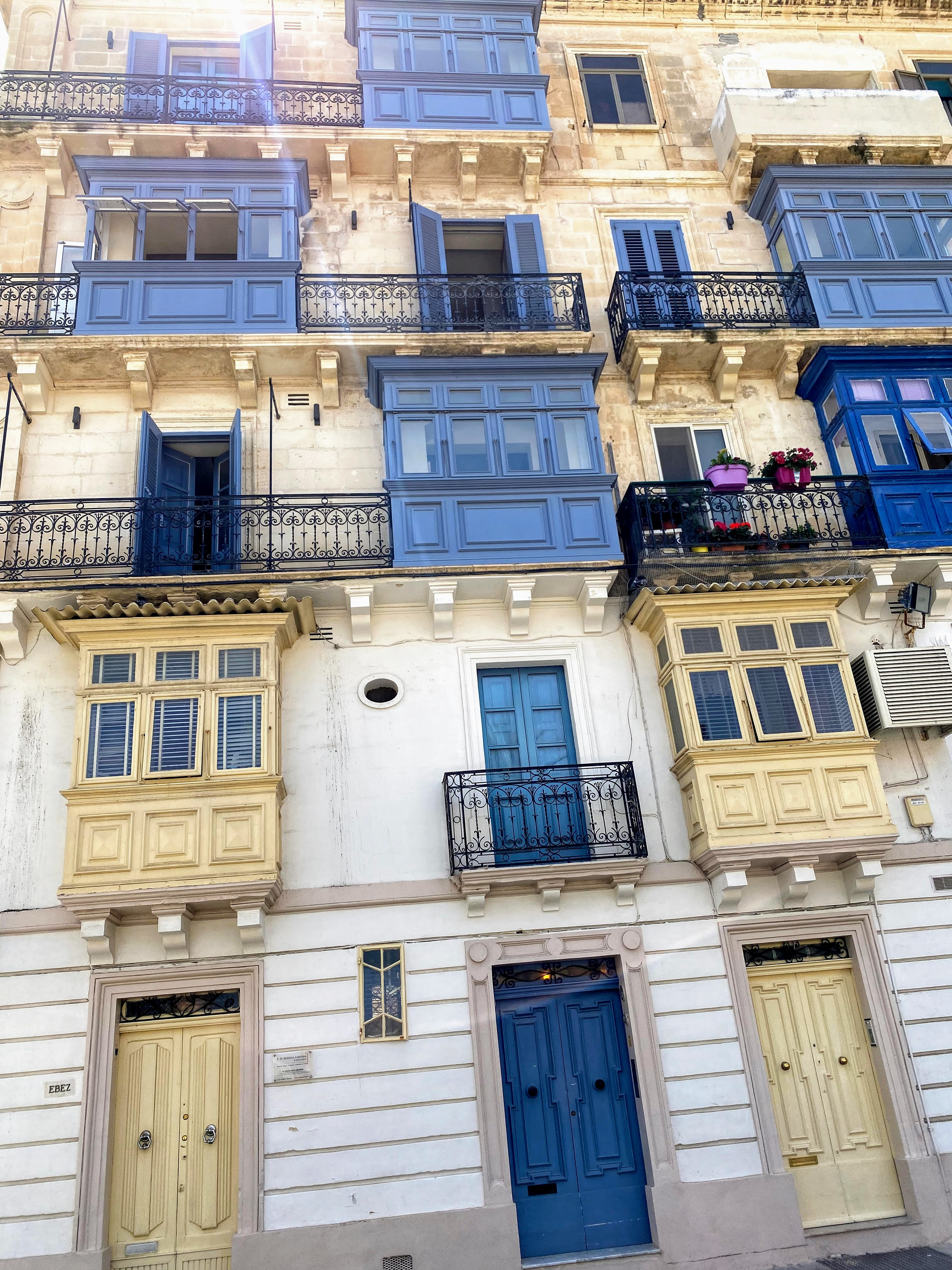balcony malta