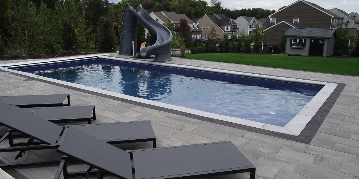 POOLS & POOLSCAPES