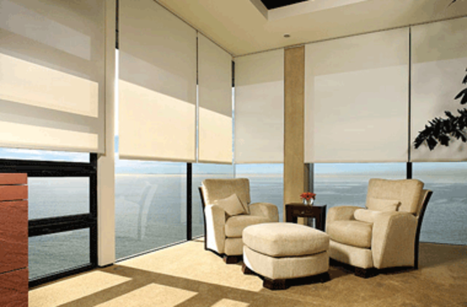 Motorized blind and shade systems digital21 smart home for Shades for large windows