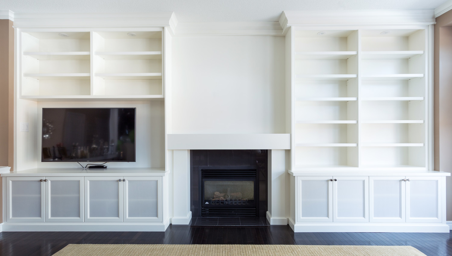 Built-ins and Custom Mantlepieces | Silverbirch Woodworks | the ...