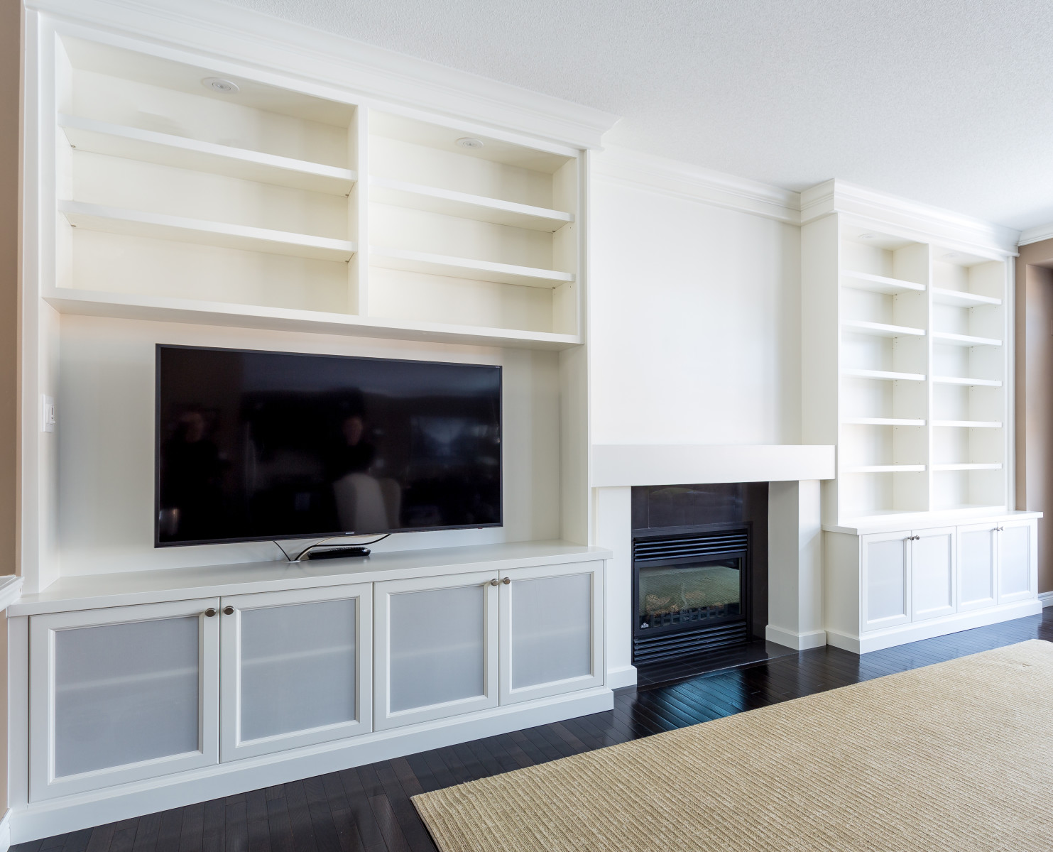 built ins and custom mantlepieces silverbirch woodworks the