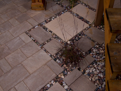 Add elements of interest to your patio