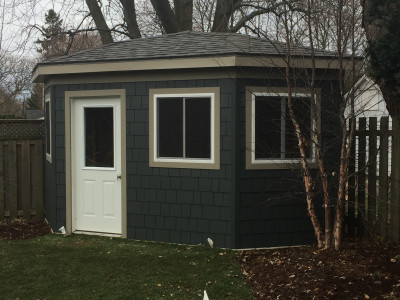 Five sided shed clad with Hardi-plank siding