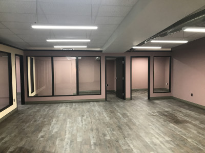 Completed project, over 1000 sq.ft. of space utilized for offices and meeting rooms.