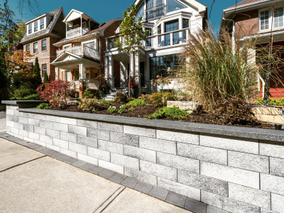 Front entrances are brought to life by using the right mix of products from Unilock