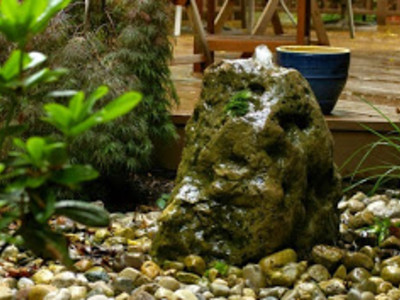 Small bubbling rock, perfect to add a bit of relaxing water sounds to any backyard