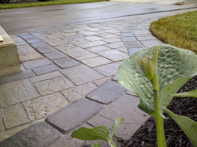 Front entrances are brought to life by using the right mix of products from Techo-bloc