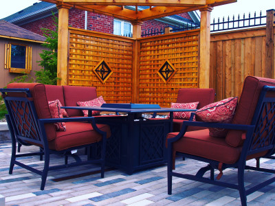 Privacy screens can highlight any landscape