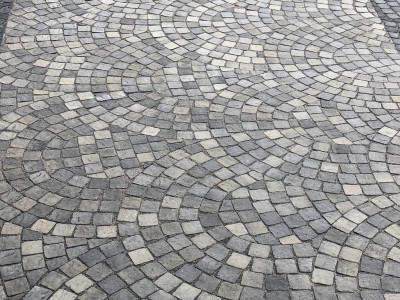 Unique patterns can highlight your driveway
