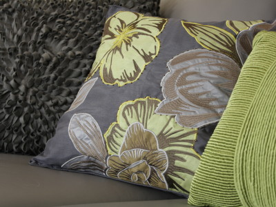 Accent pillows and throws can easily be changed-out to incorporate a new colour scheme