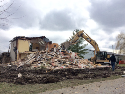 House Demolition Smithville