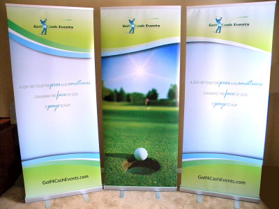 3 retractable banner back wall