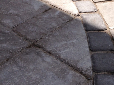 Techo-bloc products provide easy solutions to create great details in any outdoor space