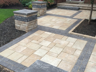 Front entrances are brought to life by using the right mix of products from Permacon