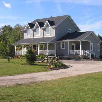 Traditional Country Home (2000 square feet)