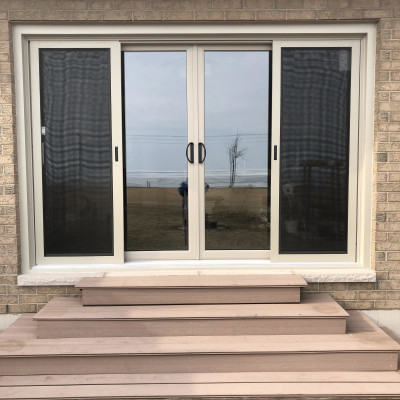 OXXO Sliding Patio Door, coloured. Sides are fixed.