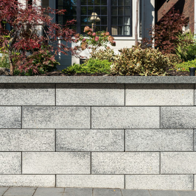 Unilock's new Bellmuro brings unique textures and colours to any retaining wall project!