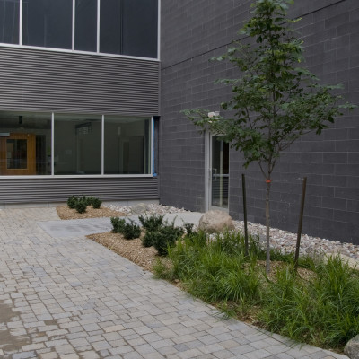 Peterborough Hospital Re-hab Courtyard
