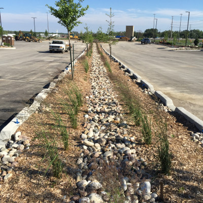 Looking for a environmentally friendly solution for your parking lot run off? Call Lakeridge Contracting