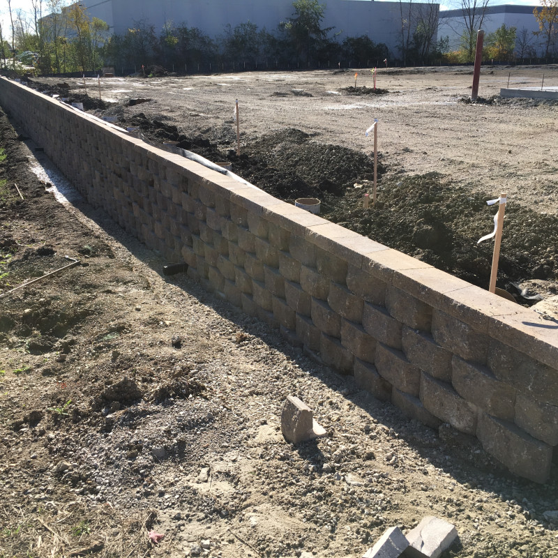 Segmented Retaining Wall Constructioin