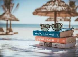 4 libros de cómo viajar barato para regalar estas Navidades