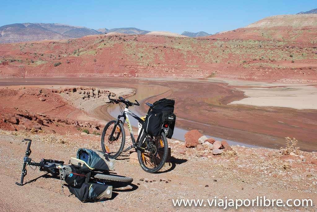 Marruecos en bicicleta. Desde el Atlas al desierto