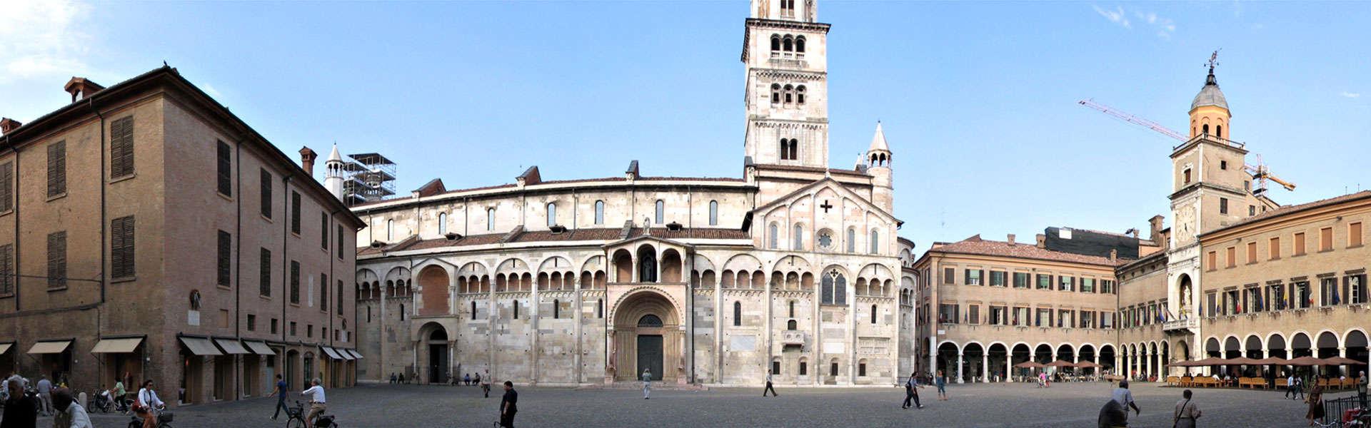 Módena (Italia). Vinagre balsámico y Patrimonio de la Humanidad.