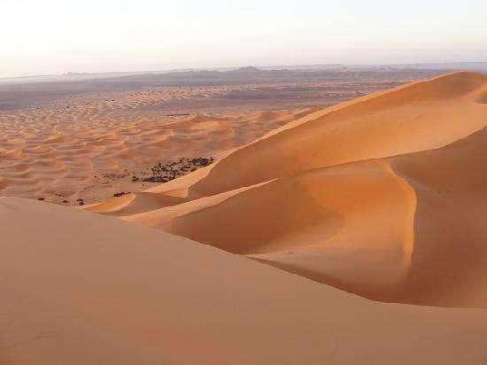 Guerra de desiertos: Merzoga vs Zagora